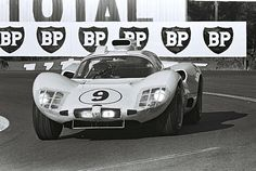 1966 .. Le Mans .. Chaparral 2D . Entered by Chaparral Cars Inc. Driven by J.Bonnier(S) / P.Hill(USA) . DNAgenerator .