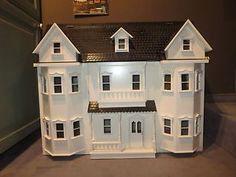 Grosse-Puppenvilla-Puppenhaus-Puppenstube-mit-9-Zimmern