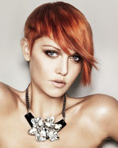 asymmetric short hairstyle by ruby_lou