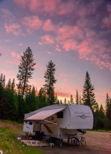 Fifth wheel trailer camping in Oregon