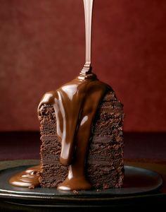 OmG... Café Chocolate, Tasty Chocolate Cake, Chocolate Dreams, Chocolate Delight, Chocolate Lovers, Chocolate Desserts, Chocolate Heaven, Melted Chocolate, Craving Chocolate