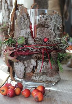floristry - exhibitions - living accents - Home Decoration Rustic Christmas, Christmas Home, Christmas Wreaths, Xmas Crafts, Diy And Crafts, Deco Table Noel, Deco Nature, Fall Decor, Holiday Decor