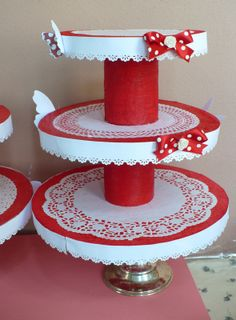 SBDStand Porta Cupcakes! - DIY Cupcake stand!by SweetBioDesign