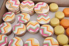 modern chevron cupcake pattern