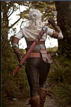 Cosplay Anime Made by me, for the Witcher cosplay competition - I spent about three months on this costume, and got a lot of practice sewing with leather! I've seen other Ciri cosplayers complaining about the co.