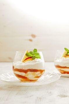 Griechischer Joghurt mit Pfirsich im Glas, ein tolles Rezept aus der Kategorie Frucht. Bewertungen: 11. Durchschnitt: Ø 4,4.