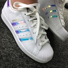 Hologram striped Adidas Supertar sneakers in white - Adidas Shoes for Woman - http://amzn.to/2gzvdJS