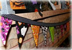 The Ribbon Retreat is your place for fun DIY Halloween Crafts! Happy Halloween Banner, Halloween Bunting, Holiday Banner, Diy Halloween Decorations, Halloween Ideas, Halloween Fabric Crafts, Halloween Sewing, Halloween Tutorial, Ribbon Retreat
