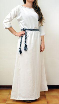 Abito tunica medievale in lino da donna di SartoriaLongobarda