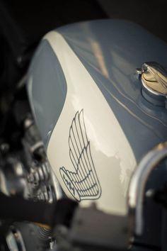 needacoffeefix: Honda CB350 tank by PaulMisencik