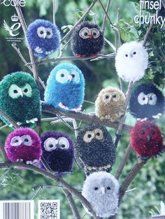 KING COLE PATTERN 9022.  TOYS   - OWLS IN TINSEL CHUNKY.  3 SIZES.