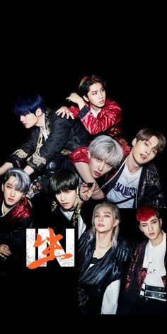 Stray Kids Seungmin, Felix Stray Kids, Kpop, Kids Wallpaper, Wallpaper Lockscreen, Kids Icon, Doja Cat, Kid Memes, Crazy Kids