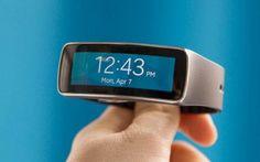 Samsung Gear Fit: offerte con primi cali presso Amazon #amazon #samsunggearfit #offerte