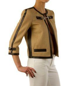 Отделка кожей или репсовой лентой Chanel Style Jacket, Jacket Style, Suits For Women, Jackets For Women, Clothes For Women, Office Fashion Women, Womens Fashion, How To Wear Shirt, Hijab Fashion