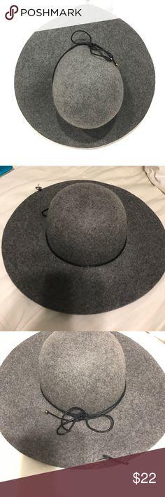 NWT Apt. 9 heather grey wool hat 100% wool. New with tags!  Heather grey fashionista hat! Apt. 9 Accessories Hats