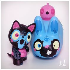 CARACAS art toys by burunDANGA, via Behance