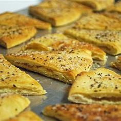 Turn store-bought pita bread into awesome pita chips