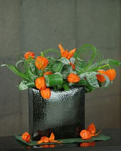 chinese lantern flower arrangement | flower #flower arrangement #winter cherry #ikebana