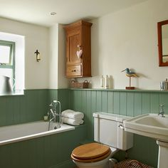 Redecorating With Wainscoting? - Check Out Beadboard Paneling - Wainscoting Ideas - Country Style Bathrooms, Rustic Bathrooms, Small Bathroom, Bathroom Green, Cosy Bathroom, Hotel Bathrooms, Colorful Bathroom, Neutral Bathroom, Bathtub Shower