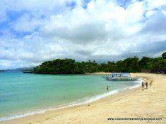 A female traveler narrating her adventures thru photographs. Philippines Beaches, Philippines Travel, Boracay Island, Hotels And Resorts, Travel Around, Us Travel, Travel Photos, To Go, Around The Worlds