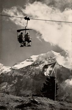 """""""Sesselbahn"""" with the Doldenhorn. Photo by Arthur Baur, Oberhofen. Swiss Alps Skiing, Extraordinary People, World Cultures, Old Photos, Back To School, The Past, Around The Worlds, Restaurant, Black And White"""