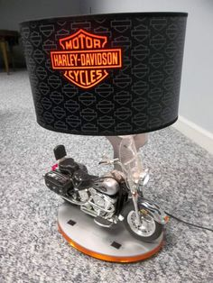 HARLEY DAVIDSON MOTORCYCLE TABLE LAMP AND NIGHT LIGHT AWESOME FOR THE HARLEY FAN