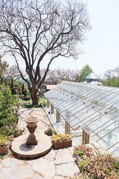 This Johannesburg Wedding at Shepstone Gardens might just be at the most beautiful outdoor wedding venue in Gauteng! Inexpensive Wedding Favors, Affordable Wedding Invitations, Wedding Favors For Guests, Unique Wedding Favors, Unique Weddings, Garden Weddings, Wedding Set, Wedding Tips, Luxury Wedding