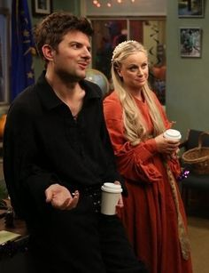 Hallowen Costume Couples Leslie and Ben from Parks and Recreation as Princess Buttercup and Wesley! Hallowen Costume, Couple Halloween Costumes, Halloween 2015, Costume Ideas, Teen Costumes, Halloween Couples, Woman Costumes, Pirate Costumes, Group Costumes