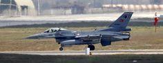 A Turkish Air Force F-16 fighter jet lands at Incirlik air base in Adana, Turkey. (Murad Sezer/Reuters)