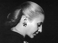Feliz Cumpleaños, Evita! Eterna en el alma de tu pueblo. (7 de mayo de 1919 - 26 de julio de 1952)