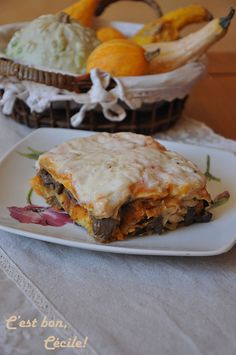 Butternut lasagna, balsamic caramelized mushrooms and onions - It& good, Cécile! - Butternut lasagna, mushrooms and balsamic caramelized onions - Cooking Recipes For Dinner, Vegetarian Cooking, Easy Cooking, Cooking Time, Vegetarian Recipes, Plats Healthy, Low Carb Meats, Sandwiches, No Cook Desserts