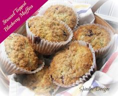 Streusel Topped Blueberry Muffins www.spindlesdesigns.com #blueberrymuffins #recipes