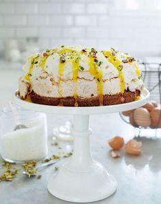 marängtårta med lemoncurd, perfekt som påsktårta