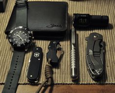 • Spyderco Brad Southard Flipper • Spyderco Manbug ZDP-189 • Victorinox Cadet • Seiko Solar Diver's Chronograph on Maratac Zulu strap • Nitecore EC1 • Countycomm Embassy Pen • Saddleback Leather wallet (Source: The Stig, via Blade Forums)