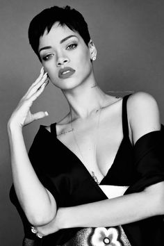 """This era of Rihanna's short hair was just 🔥, aesthetically pleasing . Short Pixie Haircuts, Pixie Hairstyles, Short Hair Cuts, Short Hair Styles, Rihanna Short Hairstyles, Rihanna Short Haircut, New Black Hairstyles, Trending Hairstyles, Pelo Pixie"