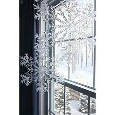 Holiday - Christmas Inspiration and Decor ❤ liked on Polyvore