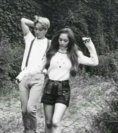 ( The story focus on Jira )  Gimana tuh? Rasanya punya kakak yang ban… #fiksipenggemar # Fiksi penggemar # amreading # books # wattpad Exo Couple, Couple Goals, Exo Kai, Baekhyun, Taemin, Shinee, Exo Red Velvet, Chansoo, Krystal Jung