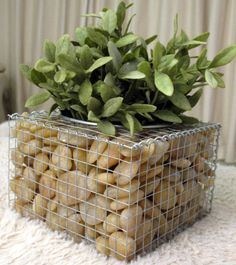Diy craft ideas using wire mesh and Stones6