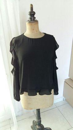 Blouse noire neuve avec étiquette Zara taille M f849cd46e46
