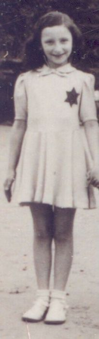 Mathilde Bein Mathilde was only 10 when she was sadly murdered at Auschwitz Birkenau on a January The Lost World, World War Two, First Color Photograph, Murder Stories, Future Photos, Young Life, Never Again, Poor Children, Kids