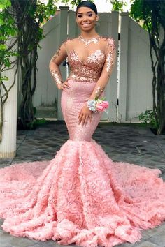 Here is Mermaid Prom Dresses Gallery for you. Mermaid Prom Dresses deep v neck red sequin mermaid prom dresses long cheap prom Black Girl Prom Dresses, Gold Prom Dresses, Prom Dresses Long With Sleeves, Prom Outfits, Long Prom Gowns, Tulle Prom Dress, Homecoming Dresses, Formal Dresses, Short Prom