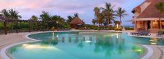 Quédate un poco mas... ¡A nosotros nos encanta consentirte! http://www.cataloniacaribbean.com/nuestros-hoteles/catalonia-playa-maroma/
