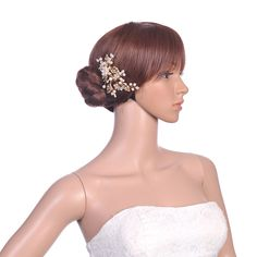 Shining Gold Hair Comb with Rhinestone and Beadings Note:The hair comb comes with matching comb.Category:Hair CombsOccasion:Wedding/Special OccasionMaterial:AlloyMaterial Color:GoldShown Color:GoldEmbellishment:Pearls/Rhinestones/CrystalLength:11.5Width:8 Only…