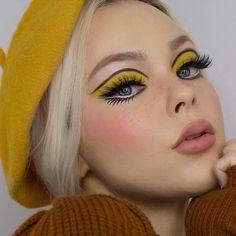 makeup trends The Cruelty-Free Makeup Brand You've Completely Underestimated Yellow Makeup, Pink Makeup, Makeup Eyes, Pastel Makeup, Star Makeup, Small Eyes Makeup, Face Makeup Art, Edgy Eye Makeup, Burgundy Makeup