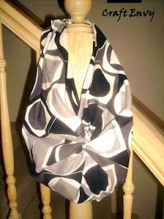 No sew bag - folding & kot tying...i just did this!! Love it!   Cheap pillowcase and bag under 5 dollars!