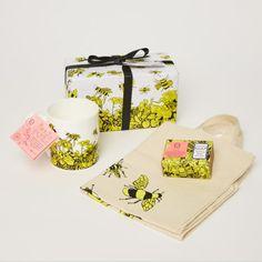 Bee Free Shopper, Mug And Soap Gift Set - Trouva