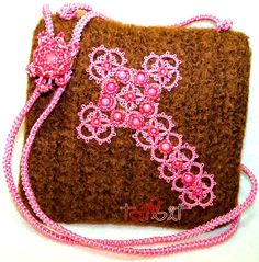 Crochet Felted Swing Bag, Tatted Shoestring Cross and Tatted Turtle designed by Teri Dusenbury