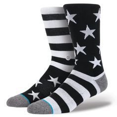 Seek shelter in Stance's Bunker. Thanks to its plush combed cotton and deep heel pocket, this premium athletic sock provides the perfect home for your feet. A reinforced heel and toe enhance cushioning and durability while mesh vents keep things cool. $12