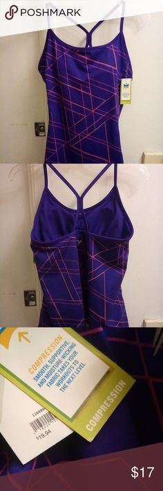 NWT Athletic Compression Tank Old Navy A brand new with tag athletic tank by old Navy. Size L. Has a built in bra with removable pads. Old Navy Tops Tank Tops