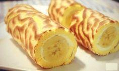 Банановый рулет - быстро и вкусно!Ингредиенты:· яйца - 4 шт.· сахар - 1/2 ст.· ванильный экстракт 1 ч. л.· мука - 1/2 ст.· сливочное масло - 2 ч. л.· мед - 2 ч. л.· взбитые сливки - 1/4 ст.· банан - 1…